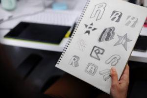 Création de logo : La recherche de pistes