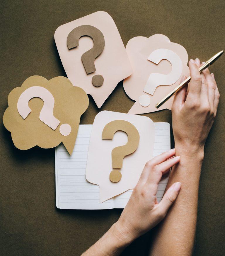 Read more about the article Les questions à se poser avant de créer son identité visuelle